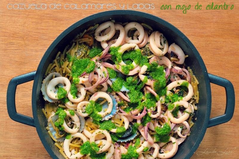 Cazuela de calamares y lapas con mojo de cilantro