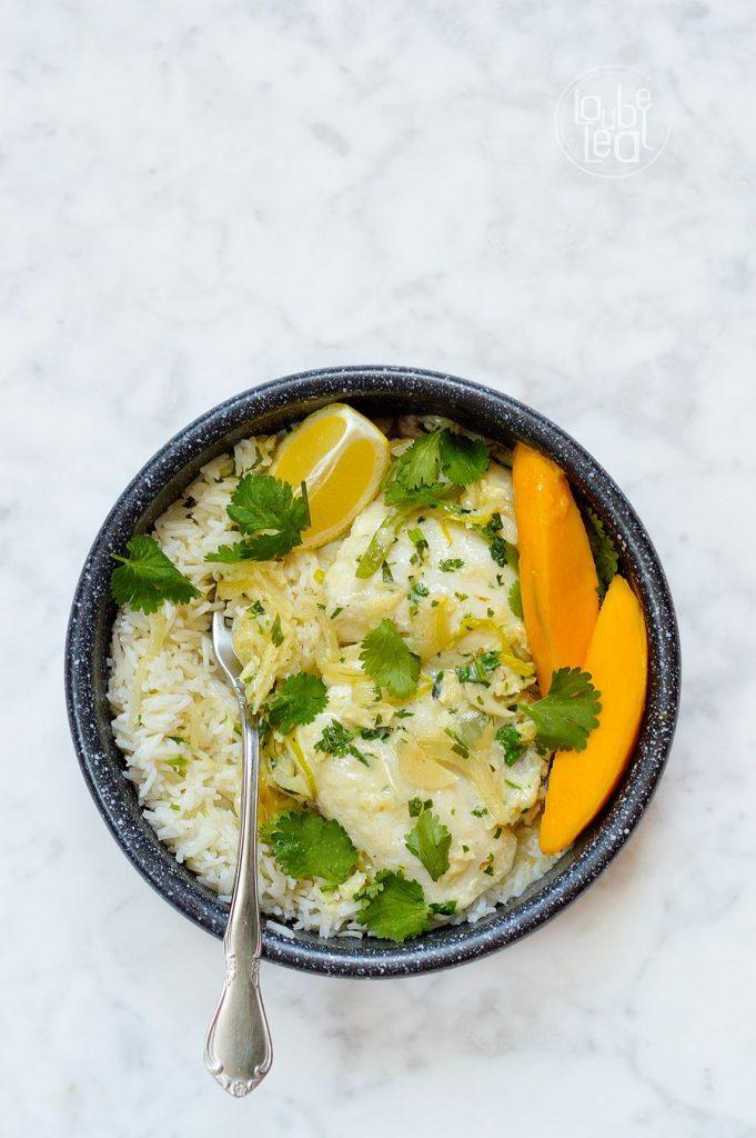 Delicioso y aromático curry verde de pescado