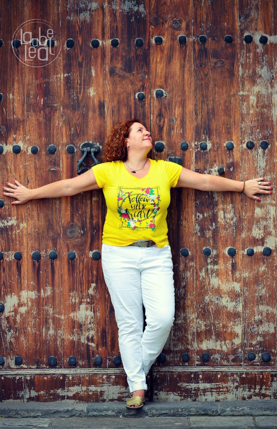 Sedas verdes y amarillas, relato corto de Laube Leal