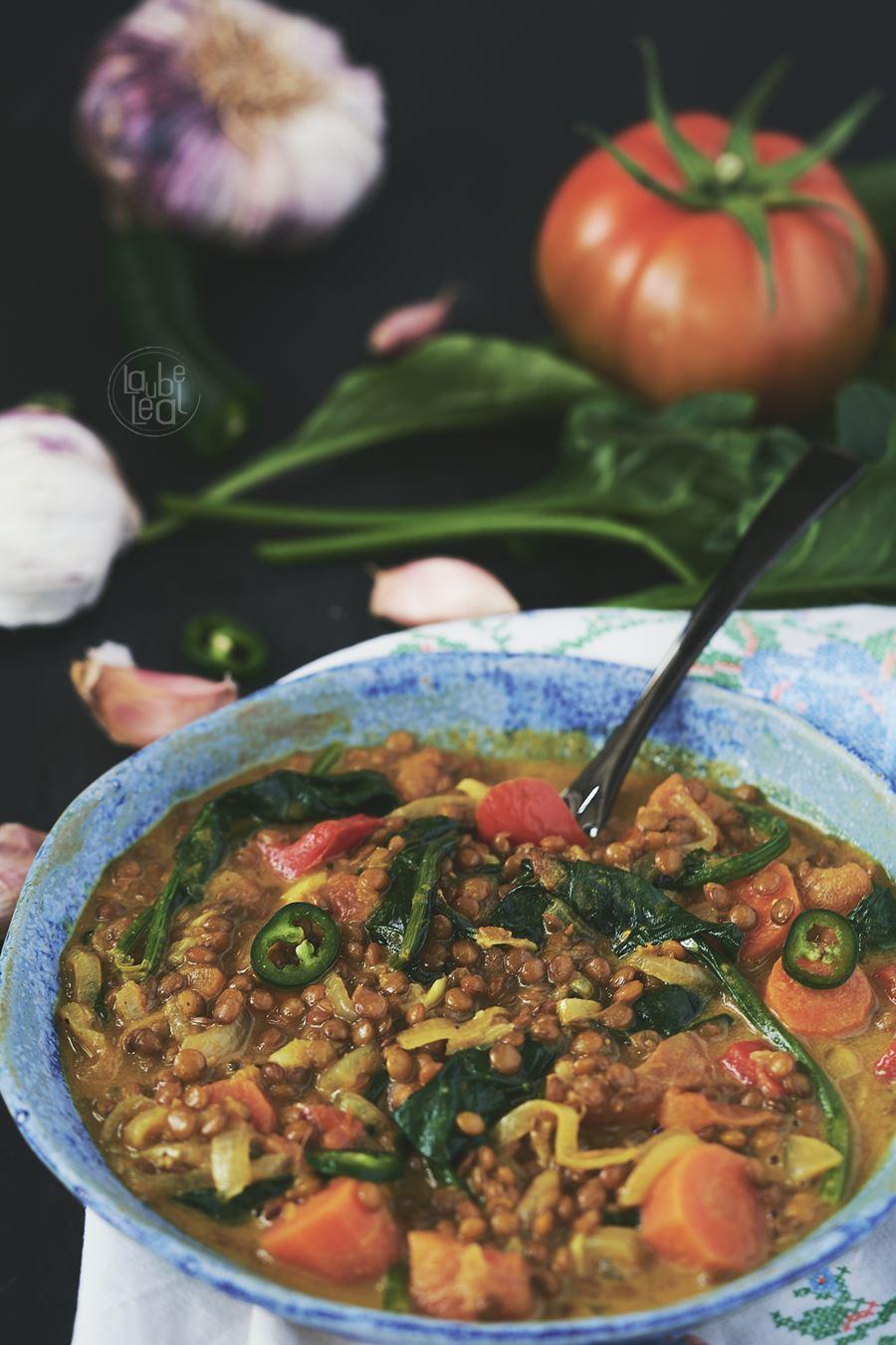 Curry de lentejas con verduras
