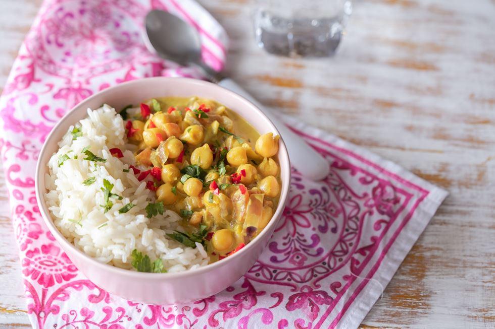 Curry-coco de garbanzos: sano, fácil y delicioso