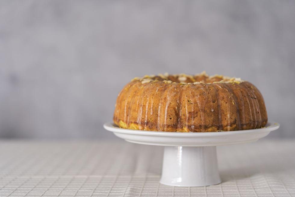 Bundt cake de calabacín y limón: bizcocho delicioso y sencillo de hacer